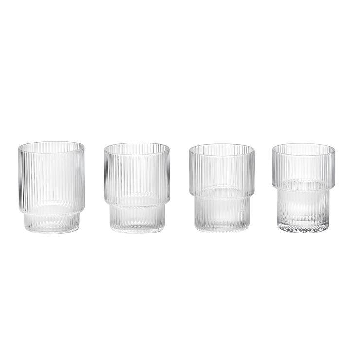 Ripple glass 4-pakk fra Ferm Living. En 4-pakk, eller rettere sagt et sett med 4 glass som er like i...