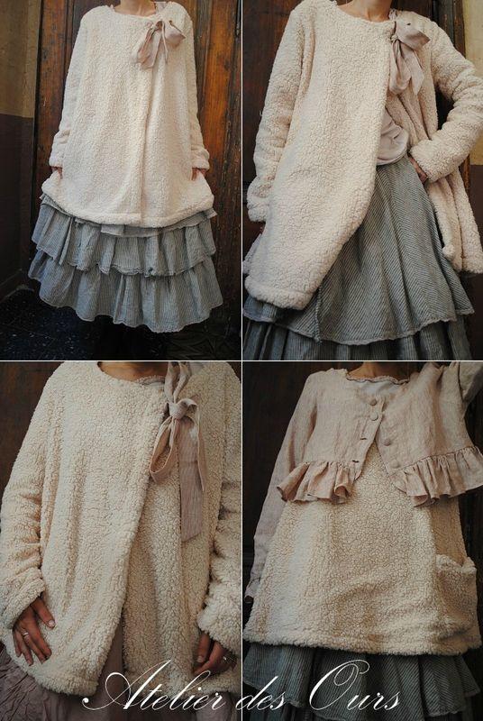 MLLE+MOUMOUTE+:+tunique+moumoute,+veste+courte,+veste+longue,+jupe+3+volants+en+lin,+veste+rayée+Les+Ours