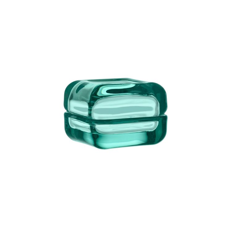 Iittala Vitriini Glass Box Water Green 60x60mm. This is clearly shown in the glass it is renowned for - authentic colour all the way through the material.