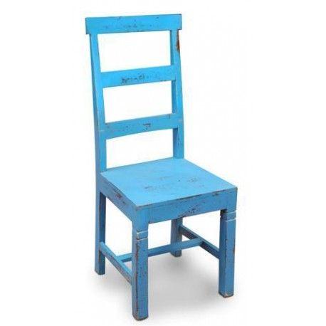 Silla retro muy cómoda de color azul proporcionando un ambiente indio a tu hogar . Las sillas de tu hogar tienen que ser cómodas, elegantes y divertidas.