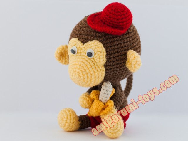 Вязаная обезьянка крючком.