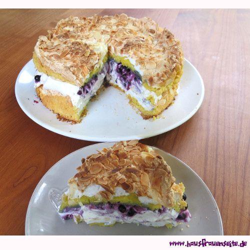 Schwimmbad-Torte Schwimmbad-Torte mit Johannisbeeren oder anderen Früchten backen vegetarisch