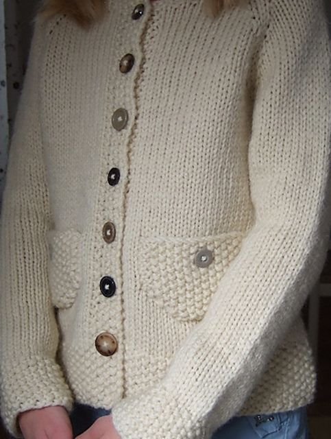 Ravelry: Plain Vanilla with Buttons by Suvi Simola