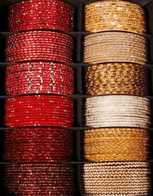 This box of assorted red and gold Indian bangles (chooriyan) #Indianwedding #asianwedding #bangles