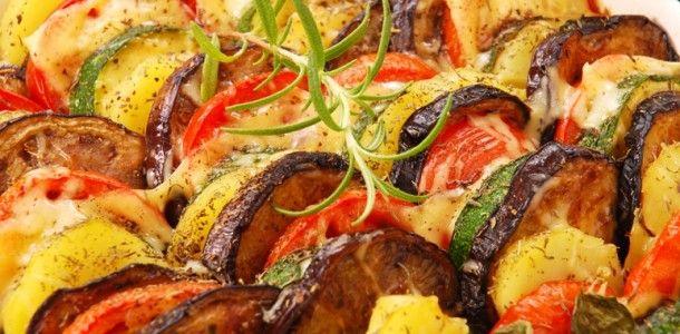Dnešní recept vás zavede do Francie a provoní vám celý domov. Více o receptu se dozvíte zde: https://www.facebook.com/ZdraveHubnuti/posts/754658674544576 Potřebujete zhubnout? Nyní konzultace s nutričním odborníkem za 200 Kč. Stačí kliknout: http://www.dietaprovas.cz/?utm_source=pinterest