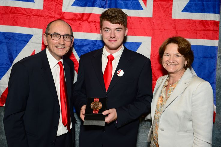 Alex Elton - awarded the Medal of Excellence for CNC Turning