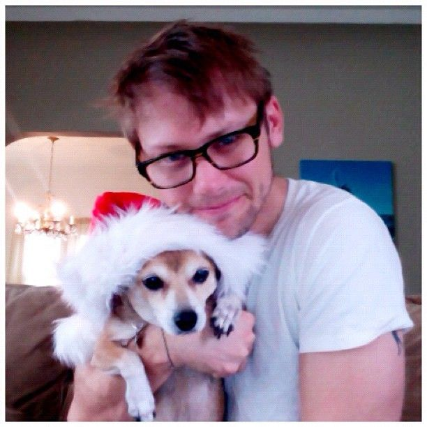 Jimmi Simpson & pup.  Melt, melting, melted.