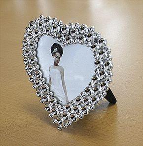 les 25 meilleures id es concernant cadre en forme de coeur sur pinterest coeur d 39 amour. Black Bedroom Furniture Sets. Home Design Ideas