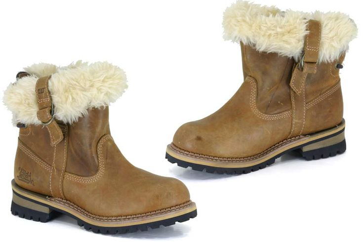 Caterpillar Boots - Keegan - Golden Brown Leather Uppers with Faux Fur LiningBranded Side StrapsDurable Goodyear Welted Sole http://www.comparestoreprices.co.uk/shoes/caterpillar-boots--keegan--golden-brown.asp