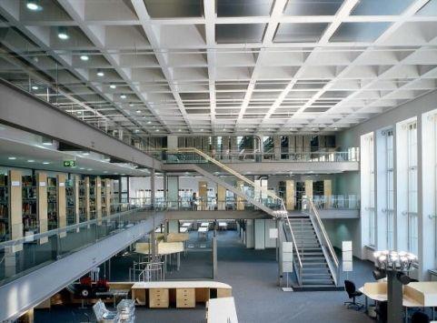 Technische Universität München  - фойе - Technische Universität München - Технический университет Мюнхена - Мюнхен - Германия