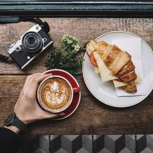 Dobrý začátek dne vede k jeho úspěšnému konci. Krásný pátek. #olympus #olympuspengeneration #olympuspenf #penf #mzuiko #retro #camera #mujolympus via Olympus on Instagram - #photographer #photography #photo #instapic #instagram #photofreak #photolover #nikon #canon #leica #hasselblad #polaroid #shutterbug #camera #dslr #visualarts #inspiration #artistic #creative #creativity