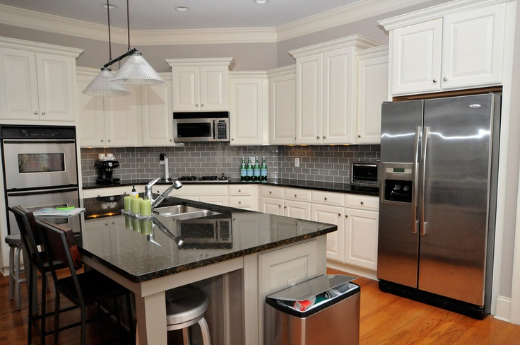 Best Finally A White Kitchen Cabinets Creamy By Sherwin 400 x 300