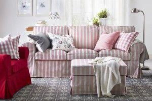 Sofa w salonie.