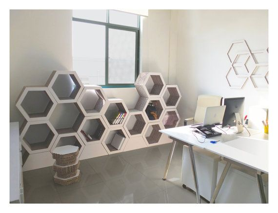 Set Of 3. Honeycomb bookcase. Recyclable Cardboard von FormMaker