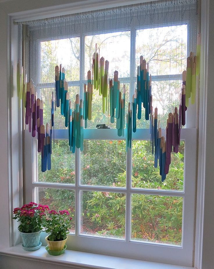 Fun Summer Craft Decorate Windows With Paint Dipped Popscle Sticks