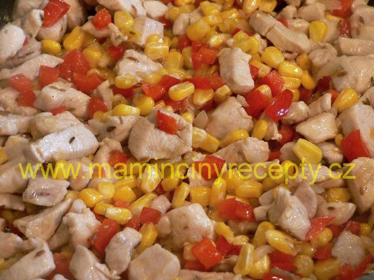 Červená rýže s kuřecím masem