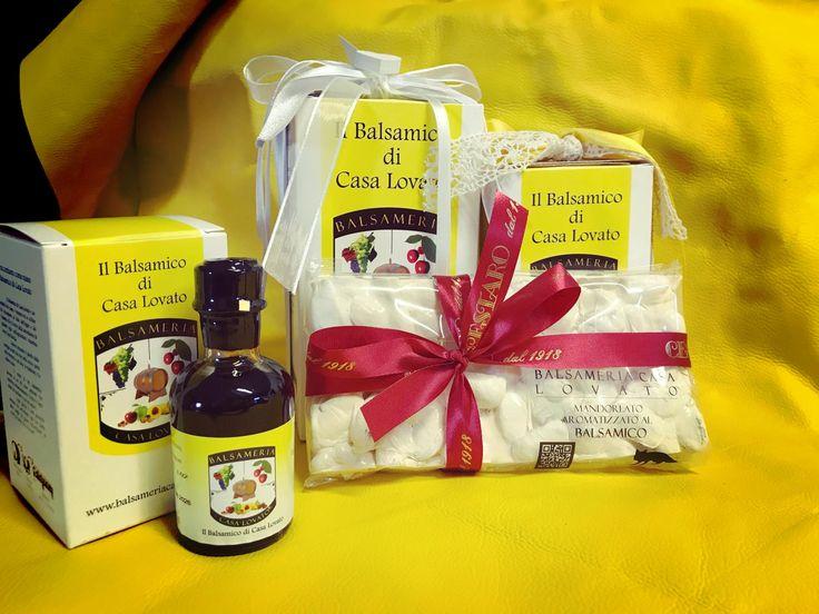 Mandorlato aromatizzato al Balsamico, packaging perfetto per i tuoi regali di Natale! Se non riuscire a trattenere l'acquolina scriveteci un messaggio per comprare la vostra mattonella! 185 grammi a soli 6€ !  ☎️ +390445490791  📧 info@balsameriacasalovato.it 📱 +393355665398