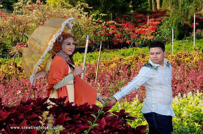 Foto Prewedding kebun bunga pacet - Mojokerto