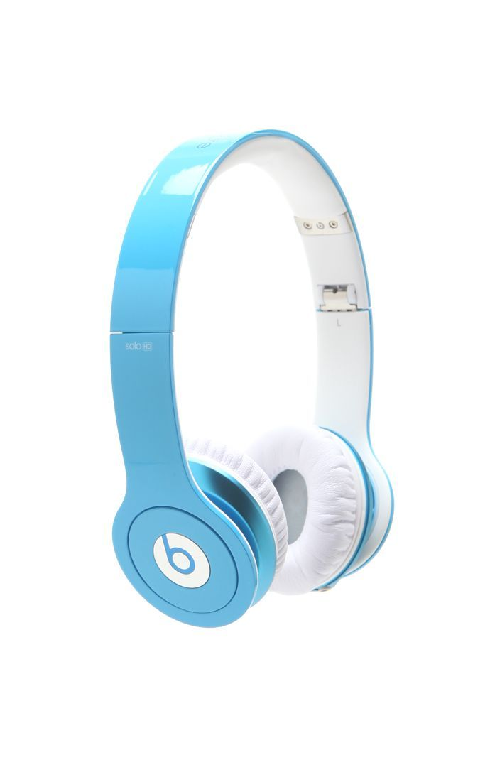 Beats by Dr.Dre Solo HD Light Blue Headphones. I want these so bad