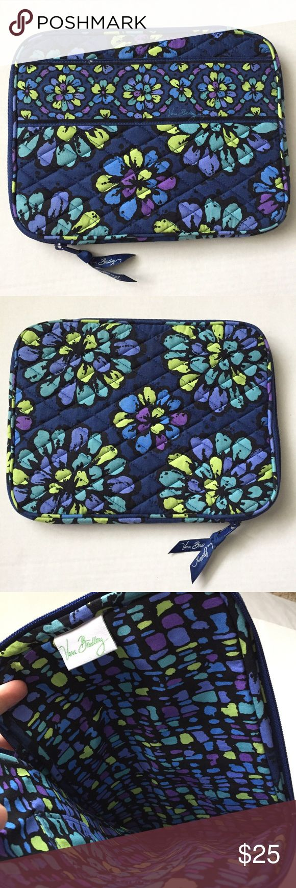 Vera Bradley tablet case/sleeve! New! Vera Bradley tablet case! Perfect for iPads! New without tags! Zipper closure and foam padding! Great Blue pattern! 10.5x8 inches! Vera Bradley Accessories Tablet Cases