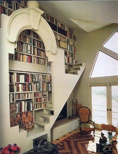 This would be neat on a small scale in the kids room.