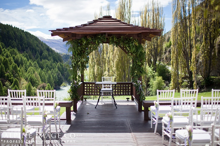 Canyon's Lodge, Queenstown Wedding - Photography by Alpine Image Co.