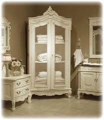 Like the armoire for the towels
