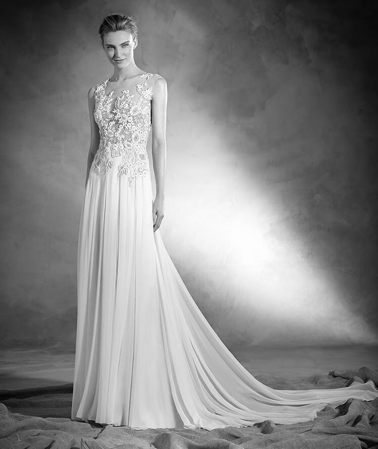 Nadia - Flared wedding dress, fitted at the waist, in silk and tulle