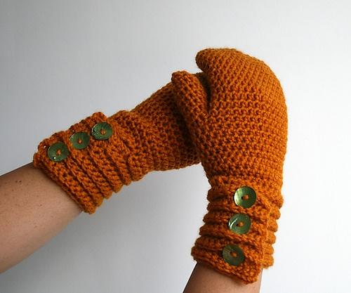 Ravelry: Crochet pattern, girl and women mittens pattern, wrist warmer crochet pattern, crochet glove pattern (115) pattern by Luz Mendoza