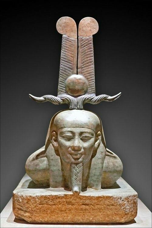 Statue of Osiris.