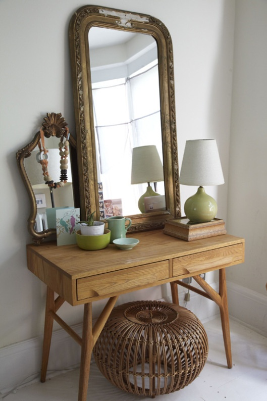 Vanity Table for the bedroom perfect for little writing desk!