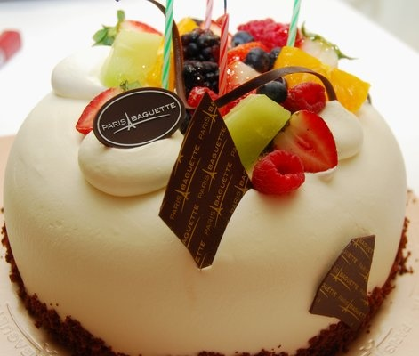 Paris Baguette Birthday Cakes. :)