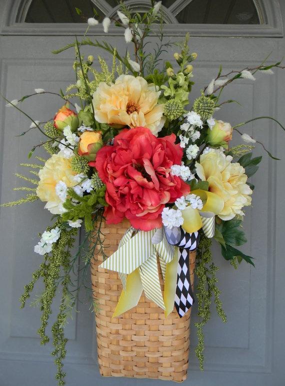 Basket & 765 best DOOR BASKET images on Pinterest   Spring wreaths Floral ... pezcame.com