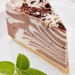 zebra bez pieczenia | Przepis na Muffiny orkiszowe z truskawkami i czekoladą - Smakołyki ...