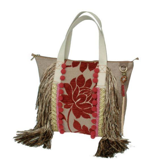 Hippie handtas met bloemen stof, grote handtas bohemian stijl - exclusief cadeau voor dames handgemaakt, rood bruine tas met franje