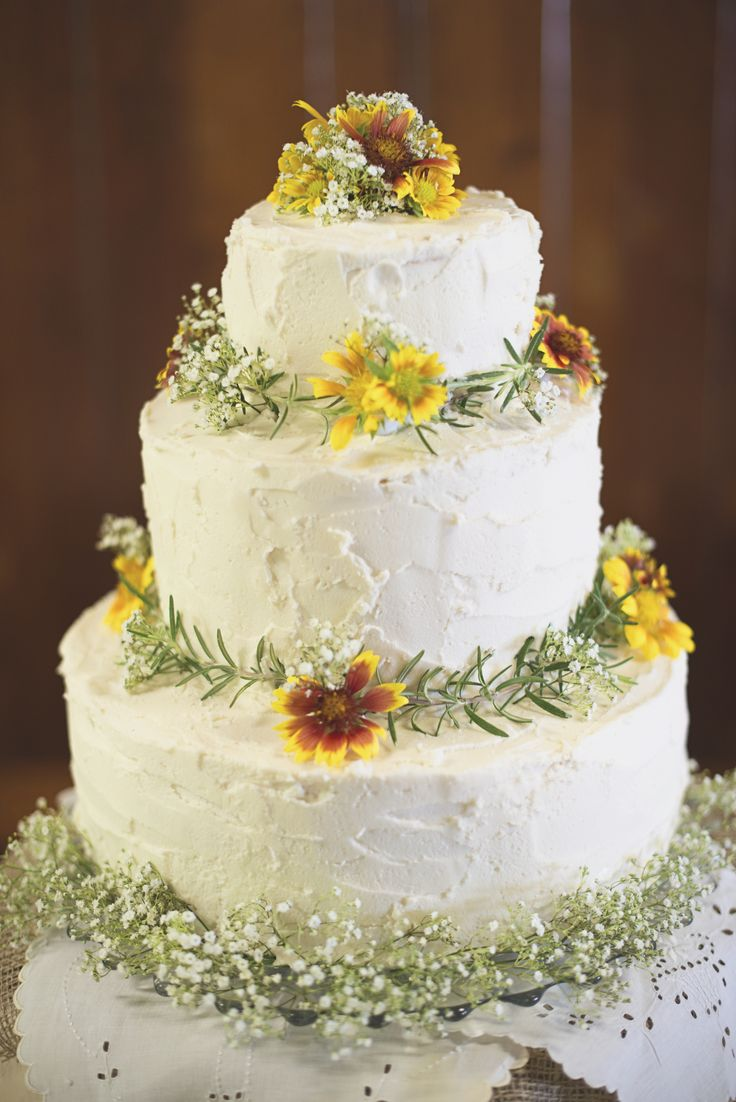 daisy wedding cakes pictures 66 best wedding cakes cupcakes desserts images on 13315