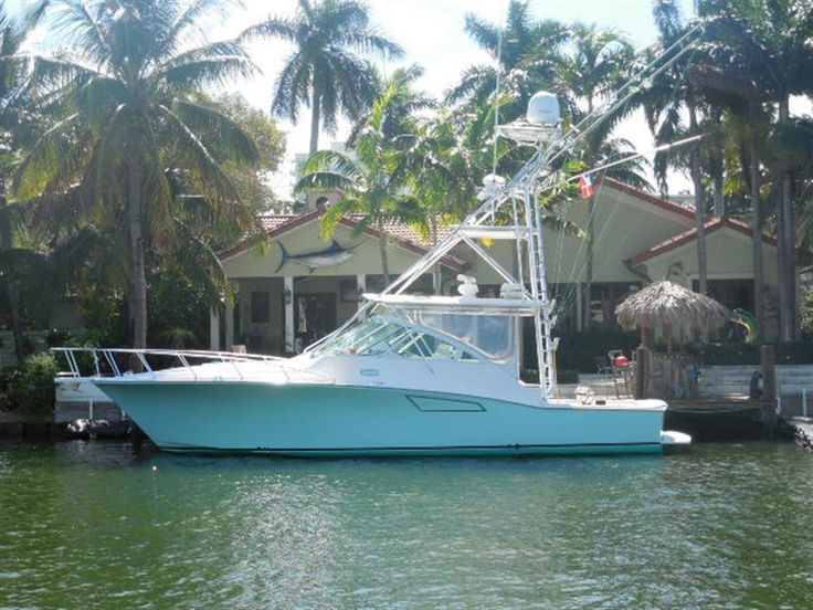 Used 2007 40' CABO Express | HMY Yachts