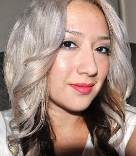 Wella t18 for 20 minutes, followed by spraying generously with purple shampoo and leaving for an additional 15 minutes