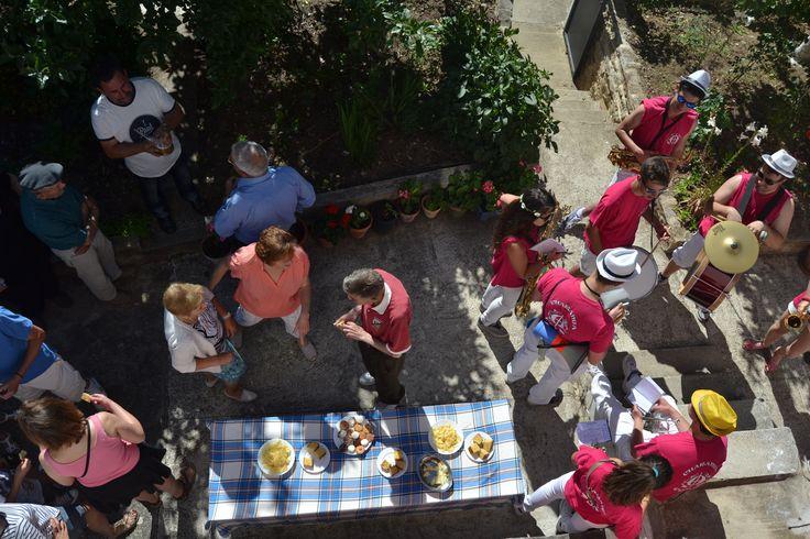 Una casa del Aguau en las Fiestas de San Pelayo de Puentedey