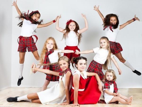 Фотографии костюмов детских танцевальных коллективов