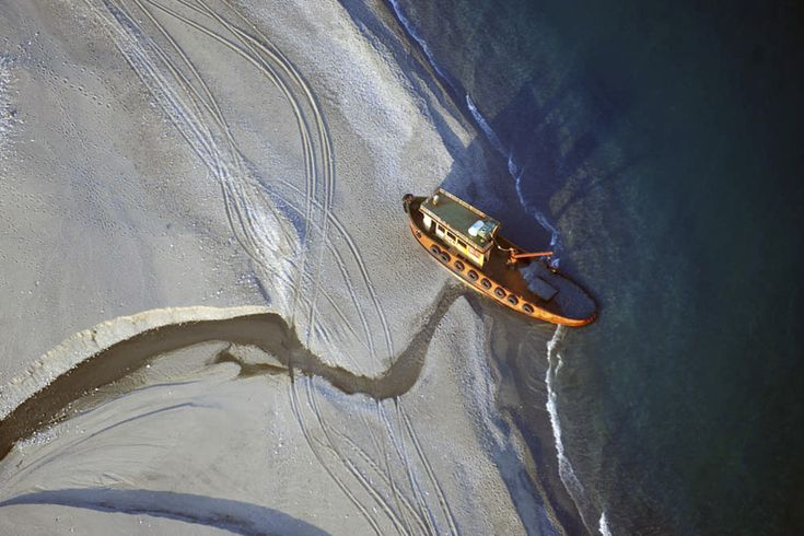 """Siderno (RC): sabato inaugurazione della mostra """"Forme del paesaggio. La punta della Calabria vista dal deltaplano"""" di Giulio Archinà"""