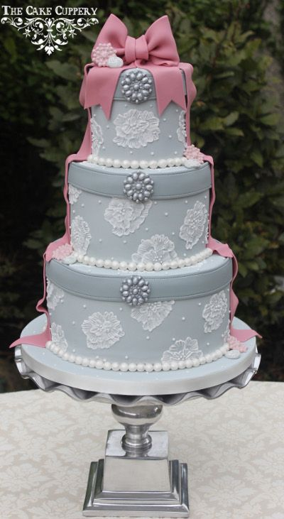 1000 Images About Hatbox Cake On Pinterest Box Cake