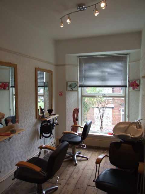 best 25 small salon designs ideas on pinterest small