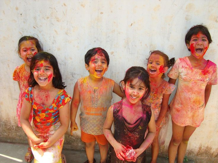 Best Places to Celebrate Holi in India. Best places to visit in India at Holi. Check out here some most amazing places to celebrate holi in India.