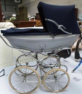 Pericles antiek model kinderwagen wandelwagen