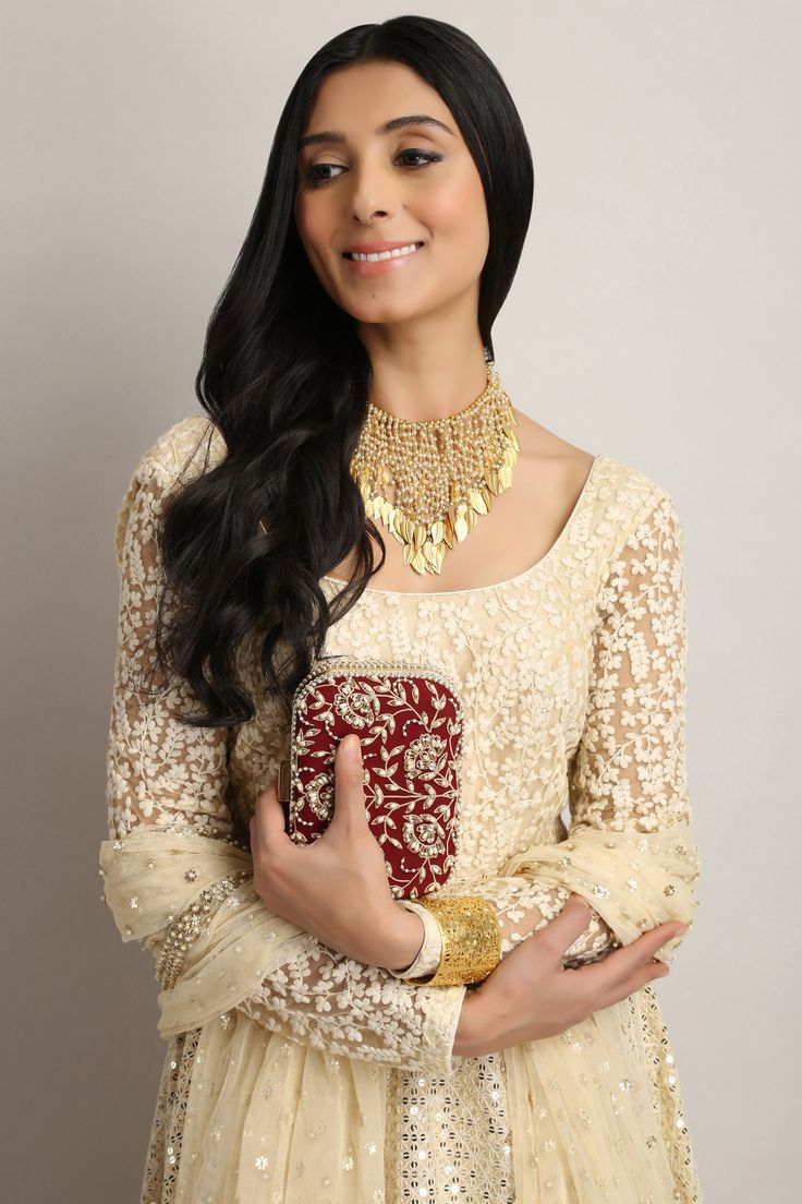 #perniaquresh #detailing #gold #anarkali #beautiful #perniaspopupshop #shopnow #happyshopping