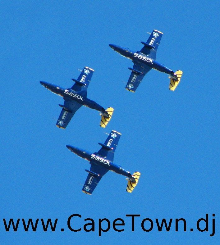 Last completed flights of the Sasol Tigers in 2006, before Martin van Straaten crashed his jet off the coast of Milnerton.  RIP