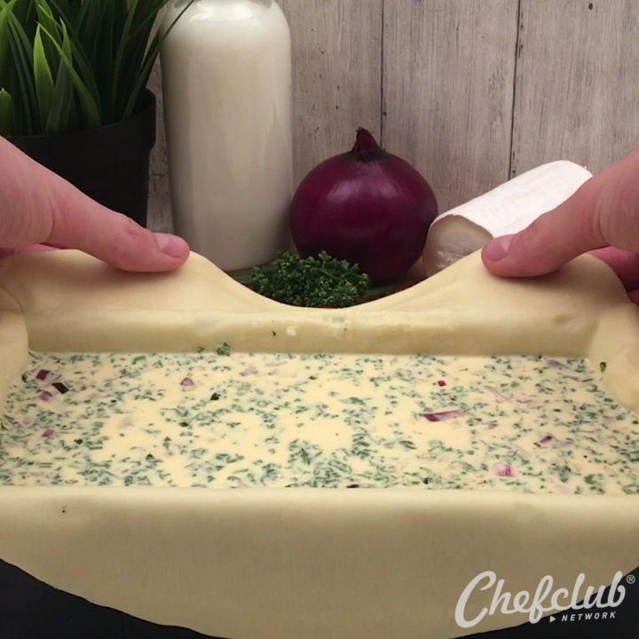 """47.1 k mentions J'aime, 504 commentaires - Chefclub (@chefclubtv) sur Instagram: """"QUICHE CAKE CROUSTILLANT ! 🥧🐐 et son coeur de chèvre coulant 😍 #quiche #cake #goatcheese…"""""""