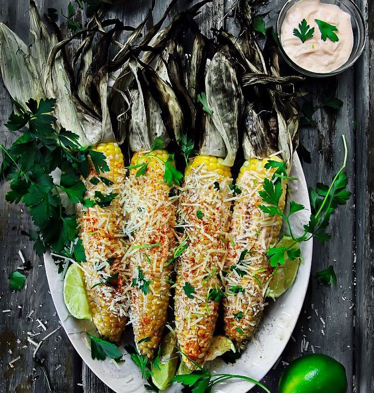 The 25 best grilled corn on cob ideas on pinterest bbq corn on grilled corn on the cob with husks and mayo sriracha sauce recipe by sandra on ccuart Gallery