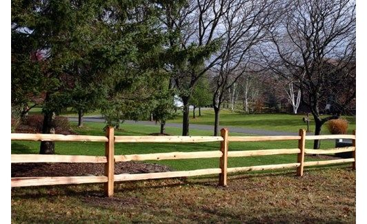 Wood Fencing - Home and Garden Design Idea's